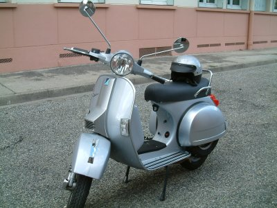 vespa 125 px a vendre. Black Bedroom Furniture Sets. Home Design Ideas